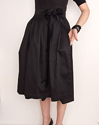 Cotton apron medium-length, black