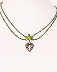 """Lisa"" necklace heart olive"