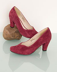 """Geltendorf"" pumps"