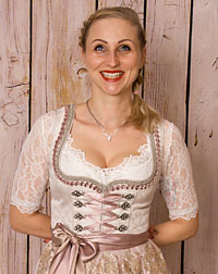 """Grainau"" dirndl blouse"