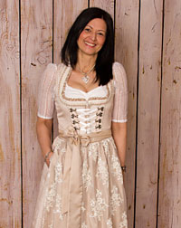 Wedding dirndl + two aprons