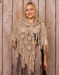 Poncho crocheted taupe