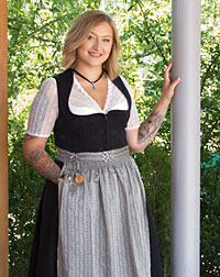 """Nicki"" waitress dirndl"