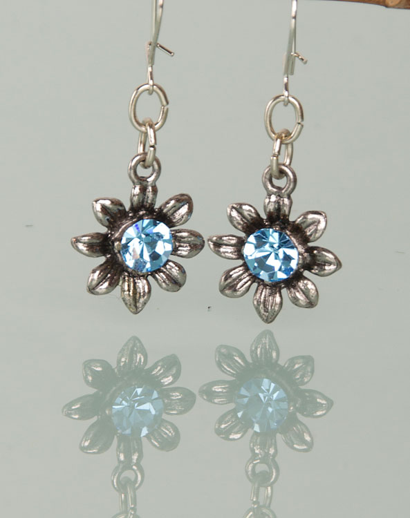 """Blume"" earrings light blue - Bild vergrößern"