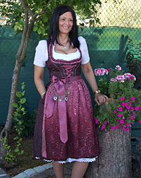 Dirndl medium-length